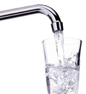 Quanta acqua consuma una famiglia italiana il consumo for Cucinare nei vari dialetti italiani