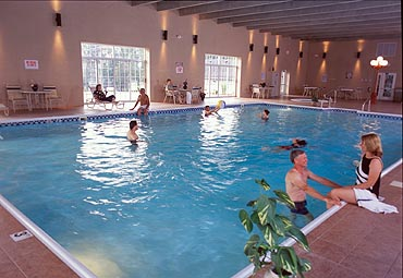 Come riscaldare una piscina con i pannelli solari termici - Pannelli solari per piscina ...