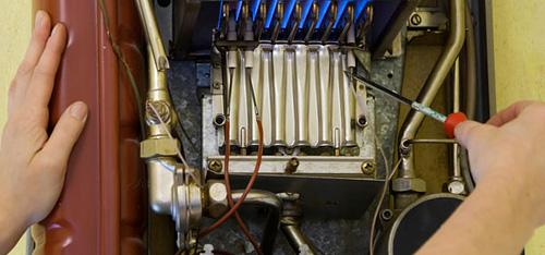 Meglio caldaia o scaldabagno a gas un confronto fra la classica caldaia a gas metano e lo - Montaggio scaldabagno ...