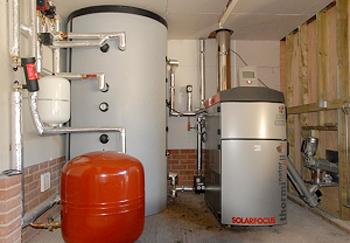 Con le caldaie a pellet serve un puffer o serbatoio di for Disegno impianto riscaldamento a termosifoni
