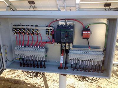 Schema Elettrico Quadro Di Campo Stringhe : I quadri elettrici degli impianti fotovoltaici: quando occorrono i