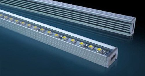 Tubi led fari led barre led pannelli led lampade led for Fari led per interni