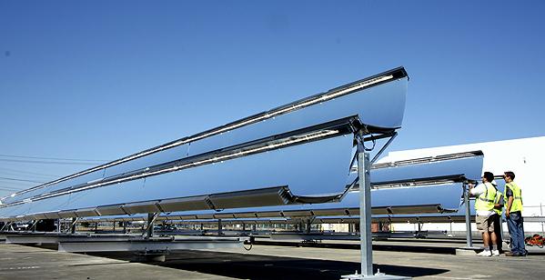 Pannello Solare Termodinamico A Concentrazione : I concentratori fotovoltaici vari tipi esistenti
